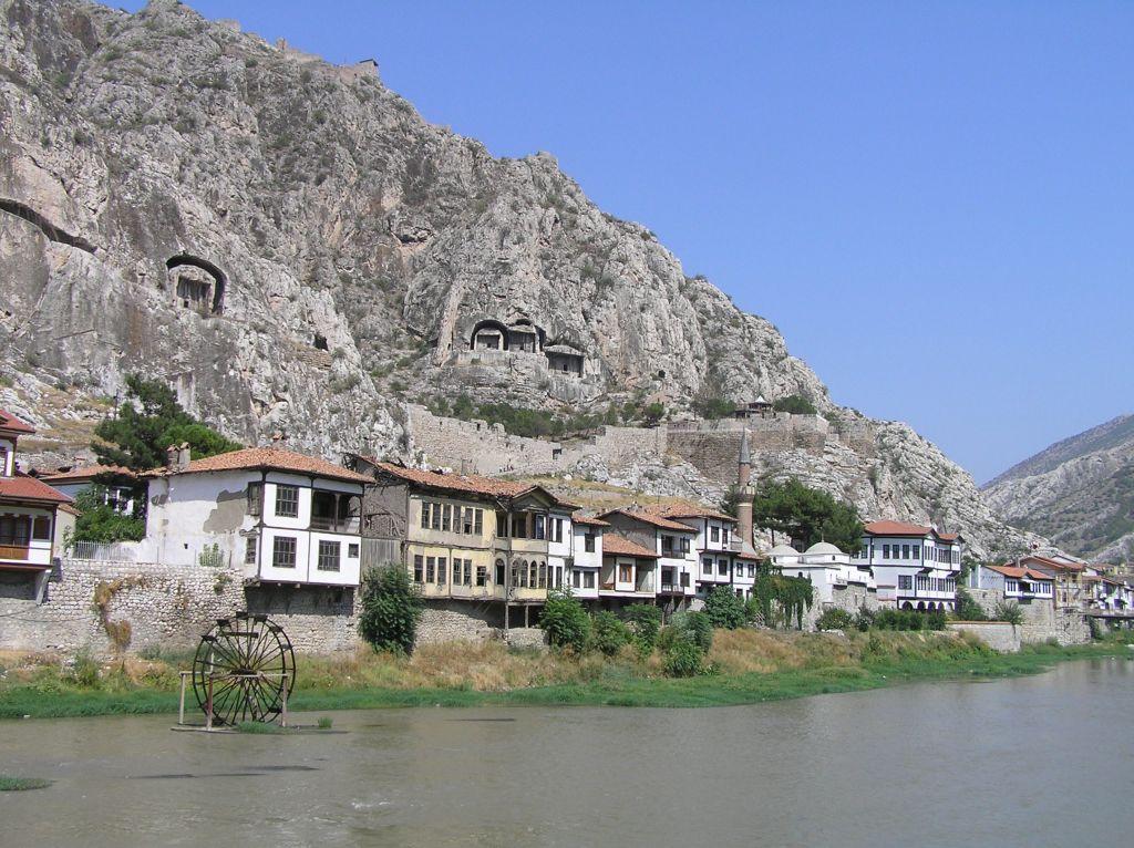 Amasya borg og klippehuler
